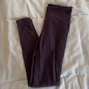 Athletes plum elation 7/8 leggings